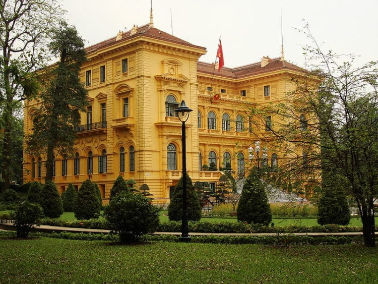 Президентский дворец - достопримечательности Ханоя