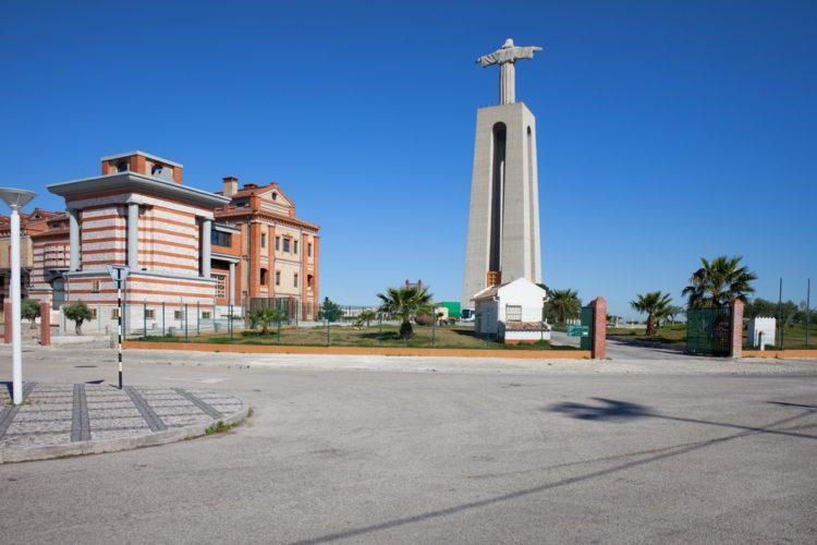 Кришту Рей в Португалии