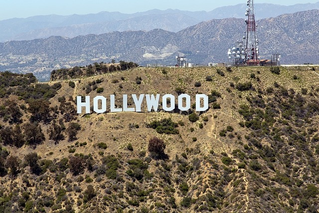 Знак Голливуда в США
