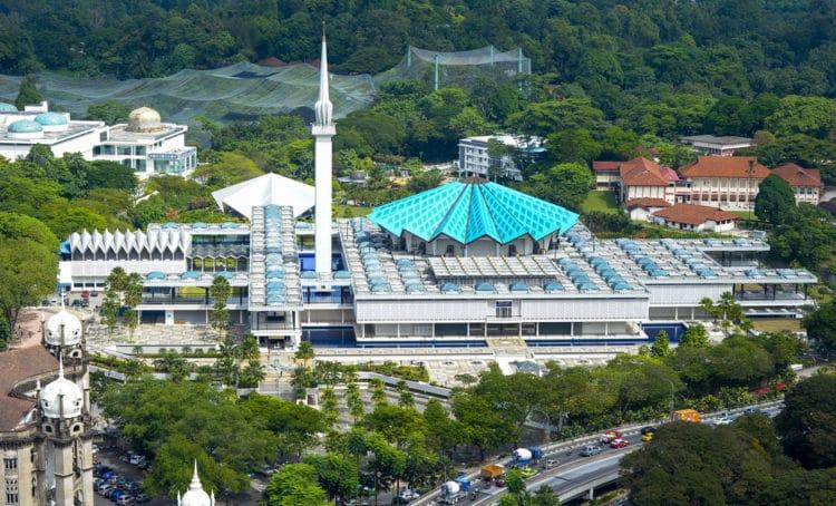 Мечеть Негара в Малайзии