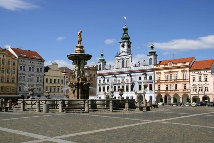 Городская площадь Ческе-Будеёвице в Чехии