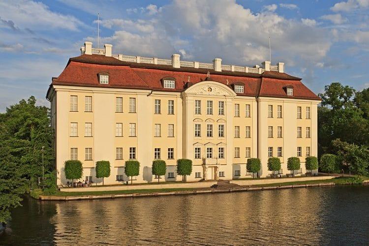 Дворец Кёпеник в Германии