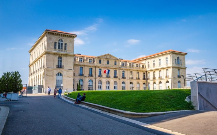 Дворец Фаро во Франции