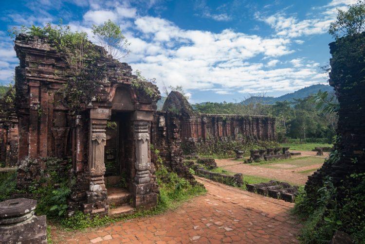 Храмовый комплекс Мишон во Вьетнаме