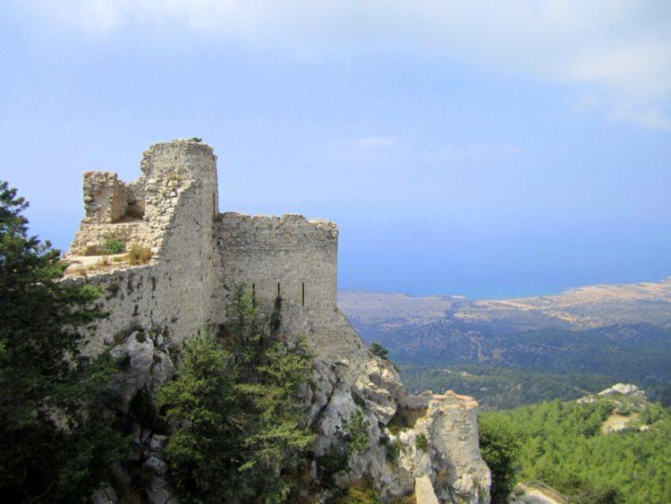 Замок Буффавенто на Кипре