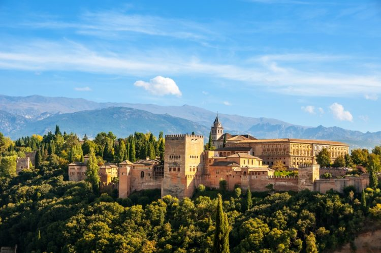 Альгамбра в Испании