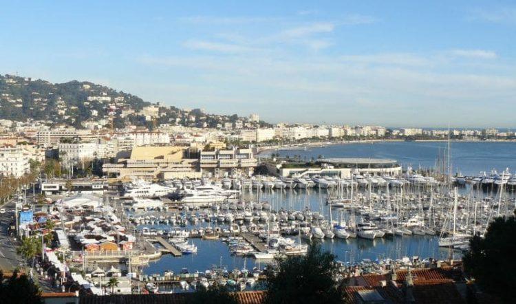 Каннский яхтенный фестиваль во Франции