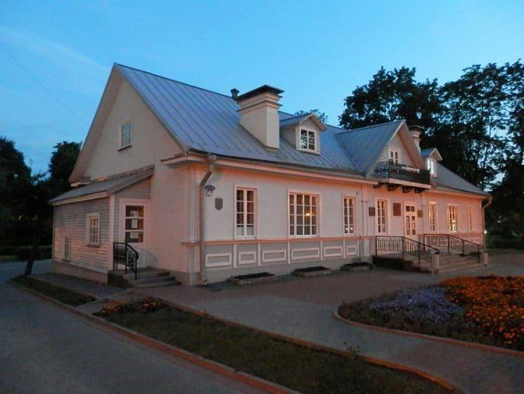 Дом-музей Элизы Ожешко - достопримечательности Гродно
