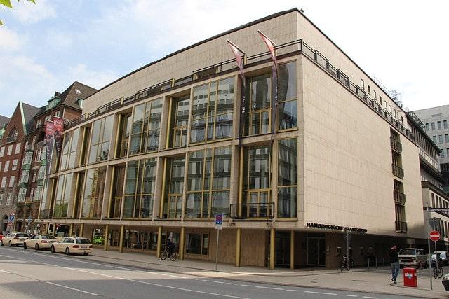 Гамбургский оперный театр в Германии