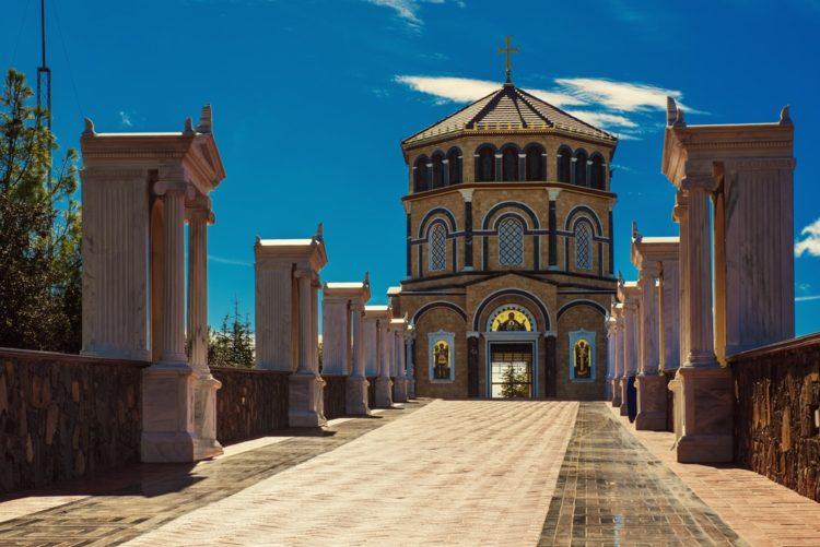 Монастырь Киккос (горы Троодос)