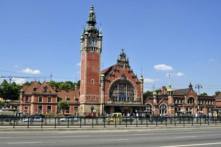Железнодорожный вокзал - достопримечательности Гданьска