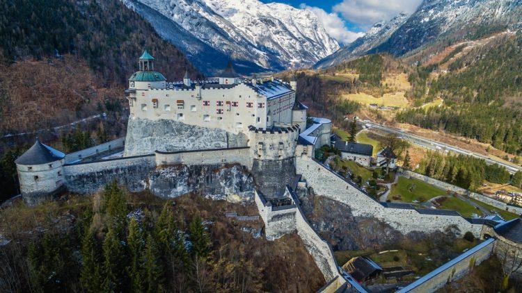 Хоэнверфен в Австрии