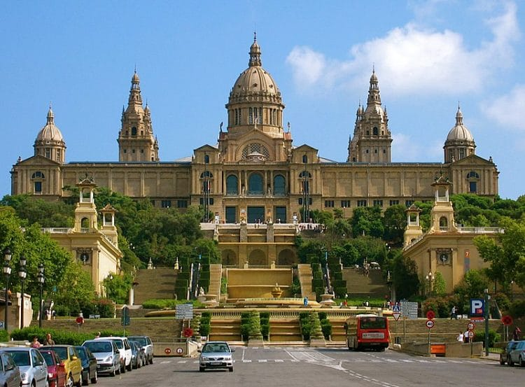 Национальный музей искусства Каталонии в Испании