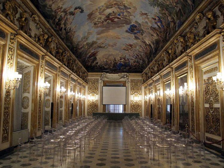 Палаццо Медичи-Риккарди в Италии