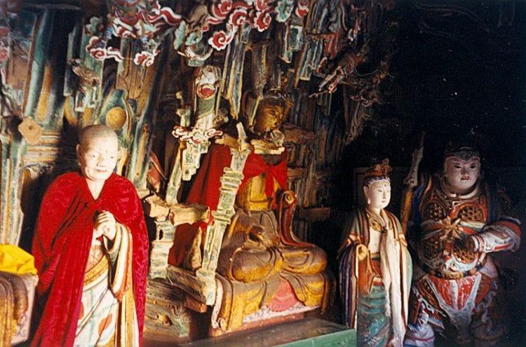 Висячий монастырь Сюанькун-сы в Китае