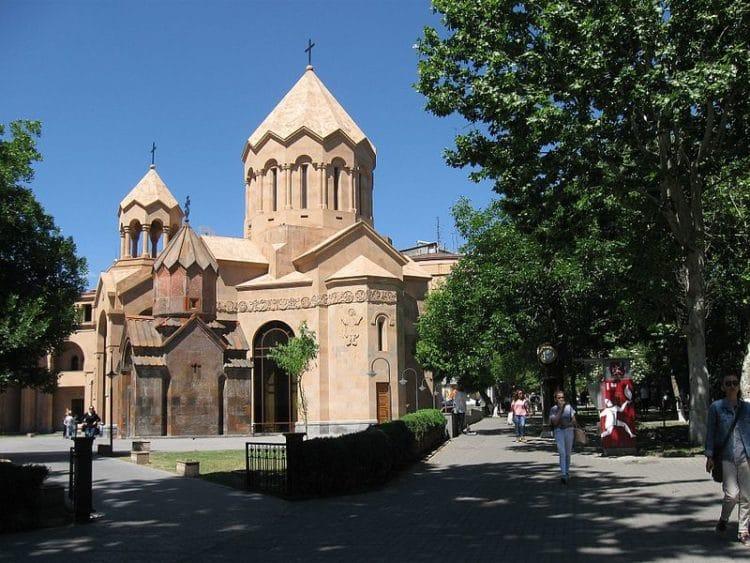 Церковь Святой Анны в Армении