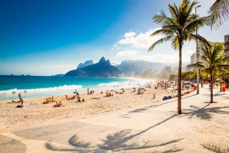 Пляж Ипанема в Бразилии