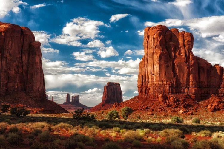 Долина Монументов в США