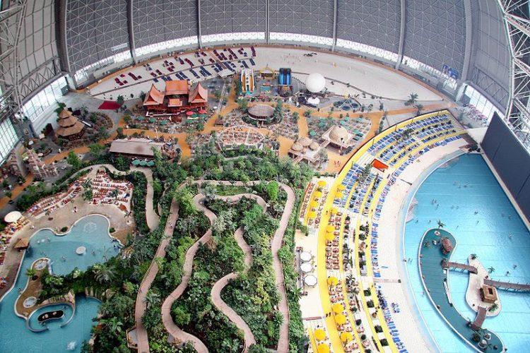 Аквапарк Tropical Island в Германии