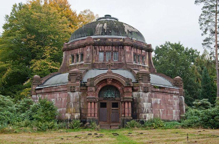 Парк-кладбище Ольсдорферфридхоф в Германии