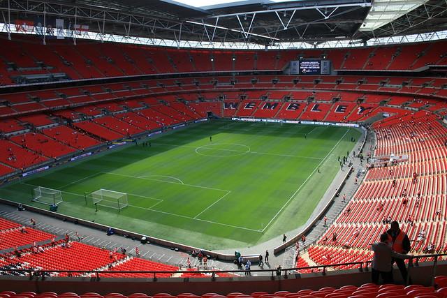 Стадион Уэмбли в Англии