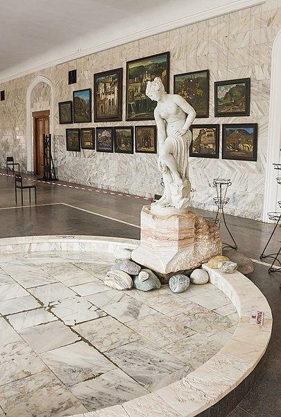 Нарзанная галерея в России