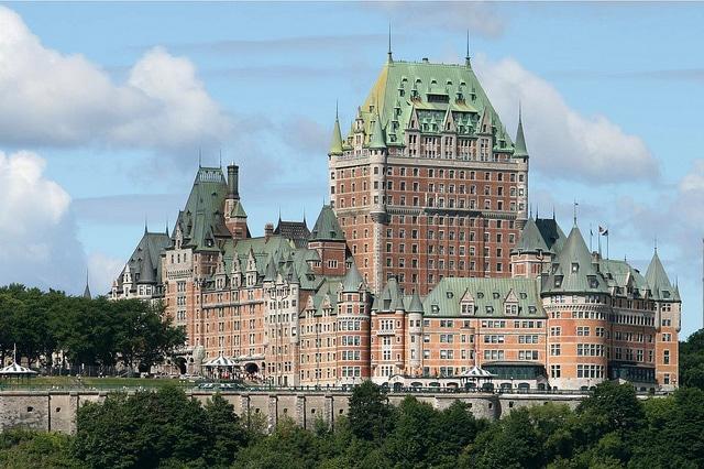 Замок отель Шато-Фронтенак - достопримечательности Квебека