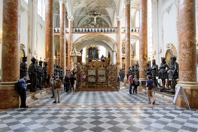 Церковь Хофкирхе - достопримечательности Инсбрука