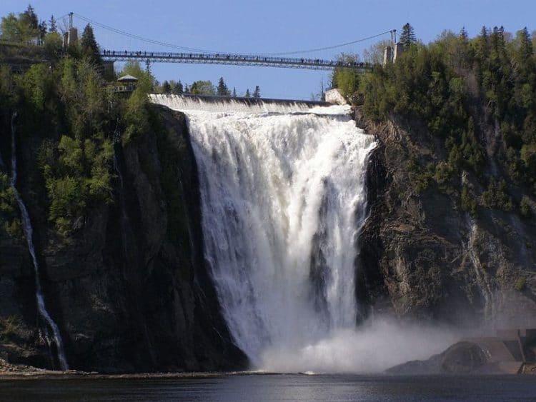 Водопад Монморанси - достопримечательности Квебека