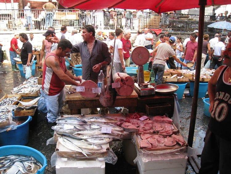 Рыбный рынок - достопримечательности Катании