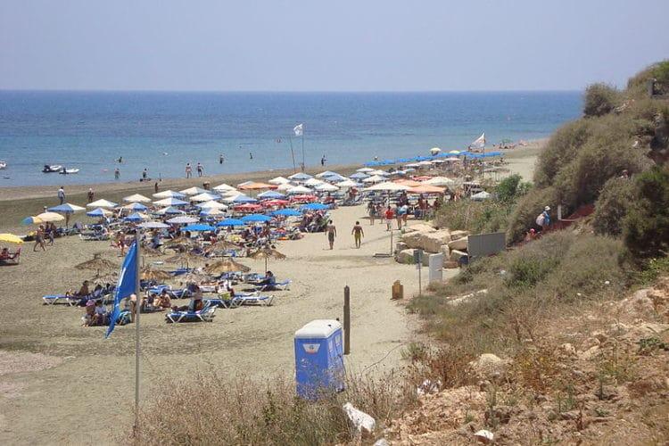 Пляж Маккензи - достопримечательности Ларнаки
