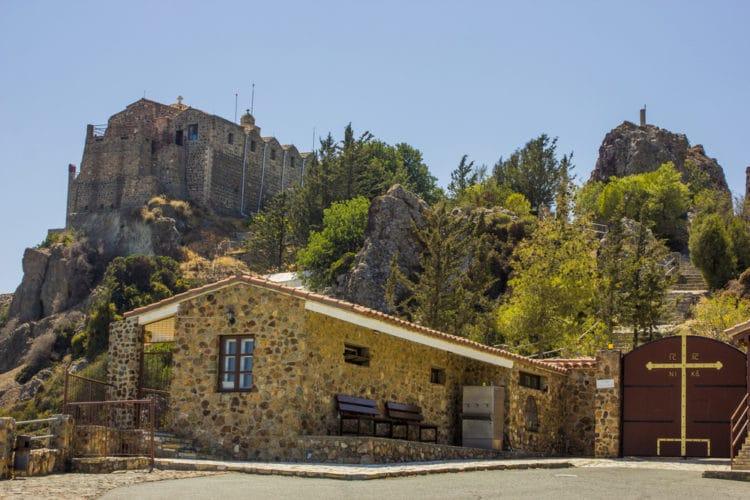 Монастырь Ставровуни - достопримечательности Ларнаки