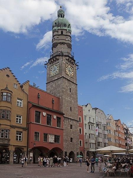 Городская башня - достопримечательности Инсбрука