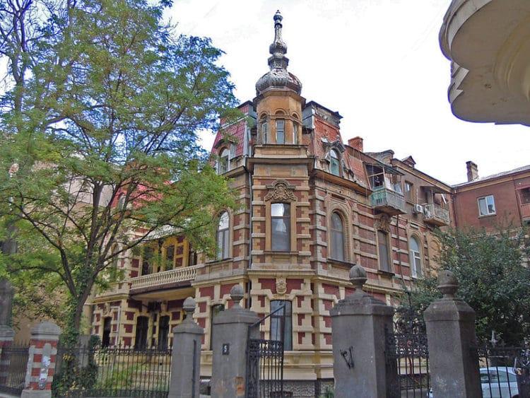 Дом Фальц-Фейна - достопримечательности Одессы