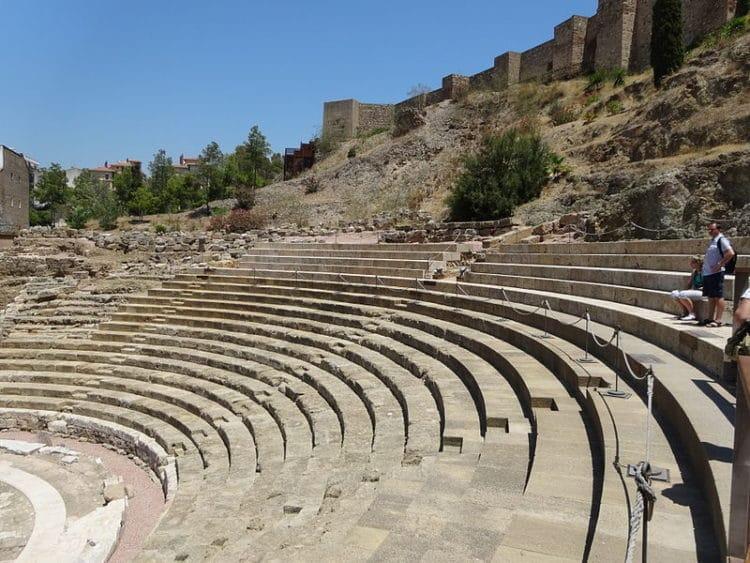Римский театр - достопримечательности Малаги