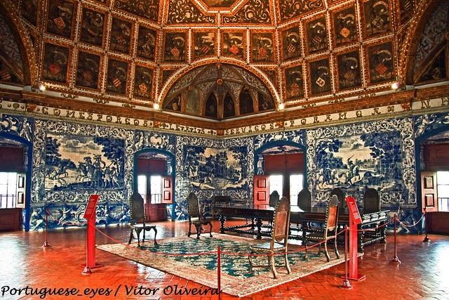 Национальный дворец Синтры - достопримечательности Синтры