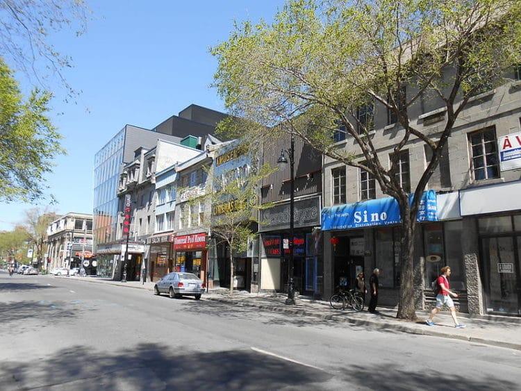 Бульвар Сен-Лоран - достопримечательности Монреаля