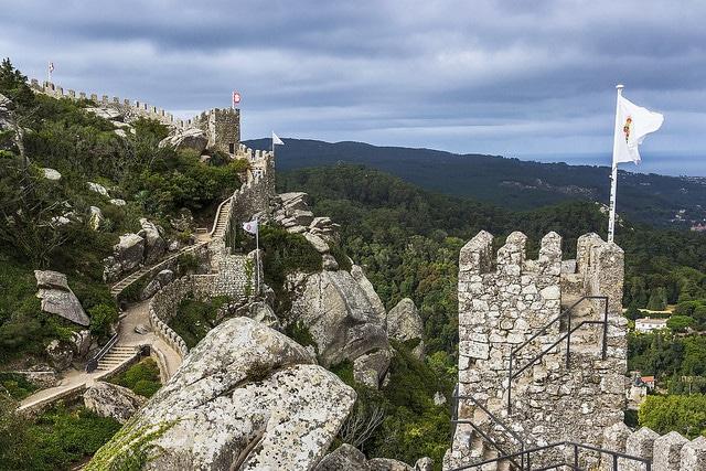 Замок мавров - достопримечательности Синтры