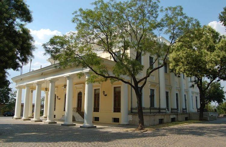 Воронцовский дворец - достопримечательности Одессы