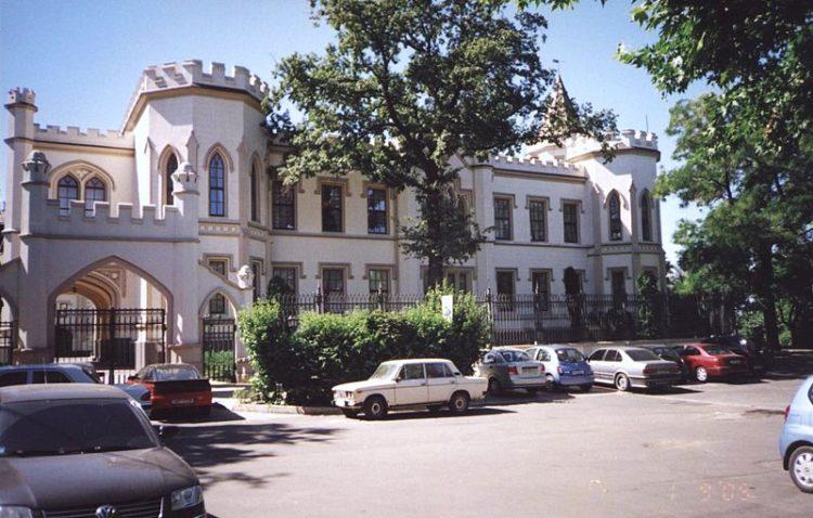 Шахский дворец - достопримечательности Одессы