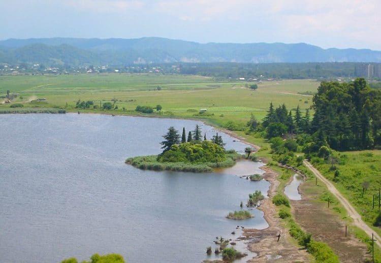 Озеро Инкит - достопримечательности Пицунды