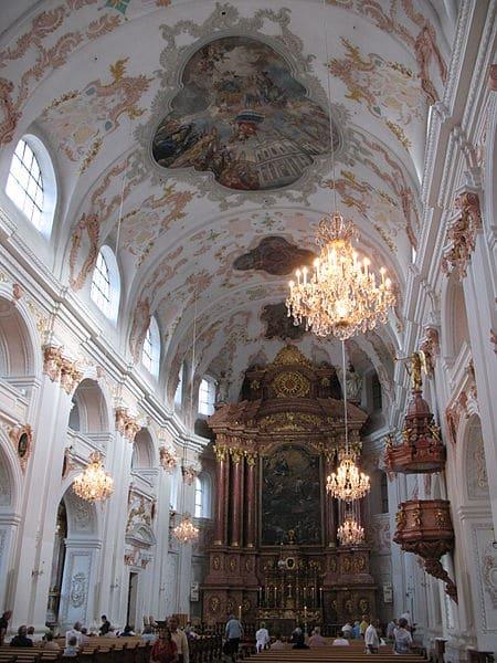 Церковь Иезуитов - достопримечательности Люцерна
