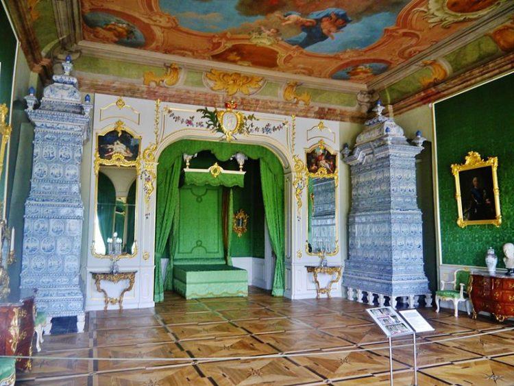 Рундальский дворец - музей в Латве